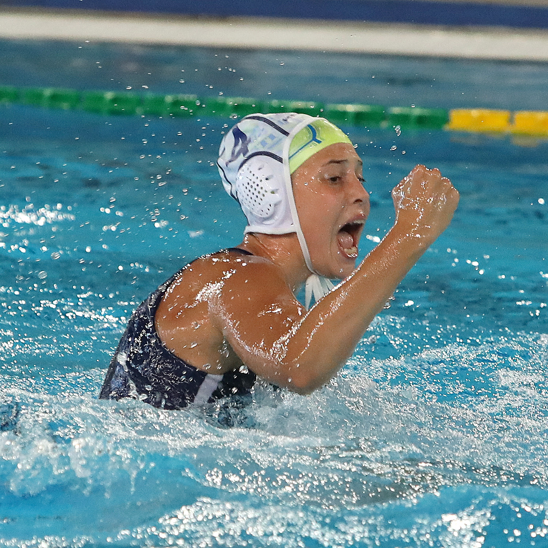 Under 17 femminile: finali scudetto, grande Pallanuoto Trieste! Le orchette battono la Sis Roma (9-8) e giocheranno per il titolo!