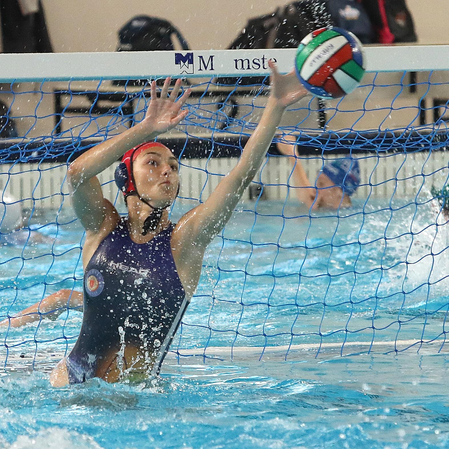 Under 17 femminile: finali scudetto, la Pallanuoto Trieste supera il Volturno (10-7) e accede alla semifinale