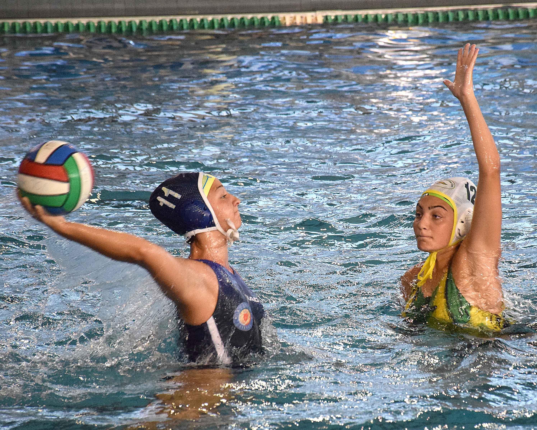 Under 15 femminile: finali scudetto, la Pallanuoto Trieste batte il Cosenza (7-3). Alle 18.00 la semifinale con il temibile Bogliasco